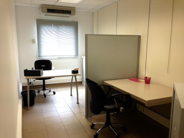 Location de bureaux partagés en open space buro facil